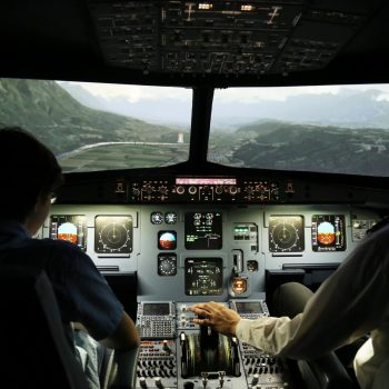Anflug auf Innsbruck beim Flugsimlator-Erlebnis Berlin