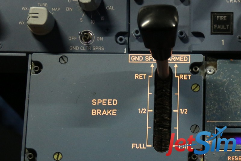 Die originale Störklappen-Einheit von Airbus im JetSim-Flugsimulator in Berlin