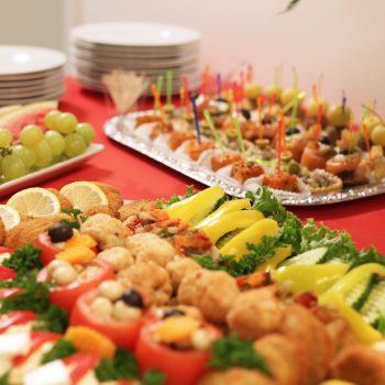 Catering ist bei einm Flugsimulator-Event bei JetSim in Berlin auch möglich