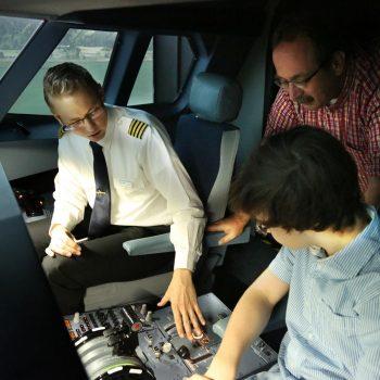Die Einweisung zum Flug und JetSim Flugsimulator Berlin