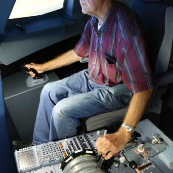 Übernehmen Sie die Kontrolle über Ihre Flugangst bei JetSim in Berlin