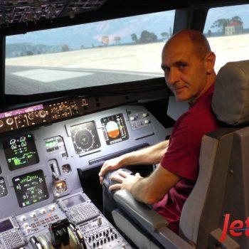 Harry genoss ein beeindruckes Event im Flugsimulator in Berlin